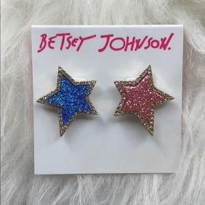 NWT Betsey Johnson star earrings